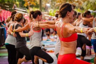 Yoga Session Soulshine Tour 2014 (19 of 22)